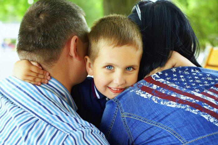 Говорить ли правду усыновлённому ребёнку?